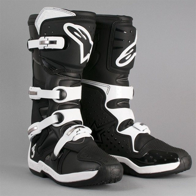 CROSSLAARS ALPINESTARS TECH 3 ZWART-WIT